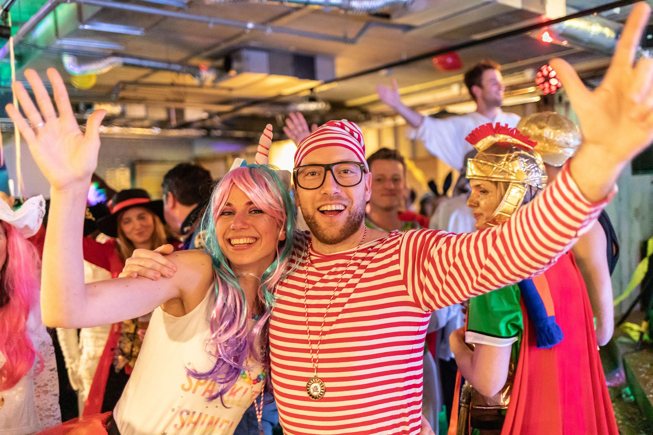Carnavalsborrel Marks Wachters Notarissen 2019 (38)_2200